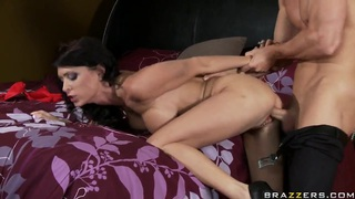 Jessica Jaymes gets holes licked by Johnny Sins