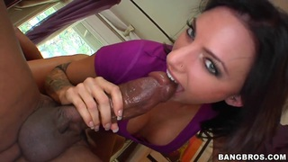 Super hot interracial oral favors are traded