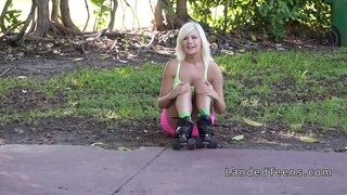 Strandedteens Hot Couple Fuck In The Back Seat Hq Mp4 Xxx Video