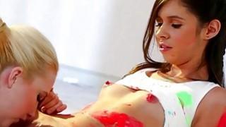 Samantha and Taylor goes scissor sex