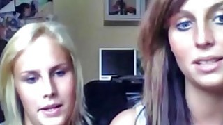 A Bunch Of Girls Fool Around On Cam