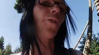 Brunette girlfriend fucked while hiking