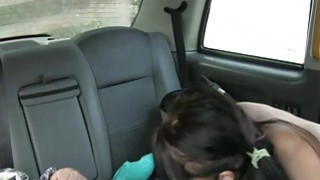 Bubble butt passenger nailed by a driver in the backseat