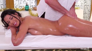 sex during oil massage