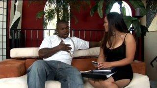 Brunette Asian bombshell Jessica Bangkok blows big black dick