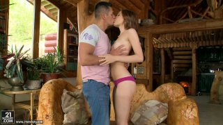 Romantic country girl Diamond Cross gets a cunnilingus