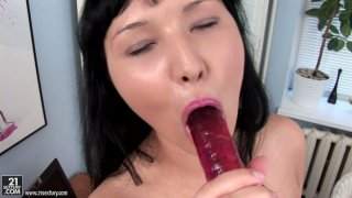 Not pretty brunette Vanessa Vaughn plays with a sex toy for delight